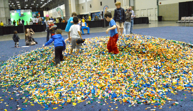 lego pile of bricks