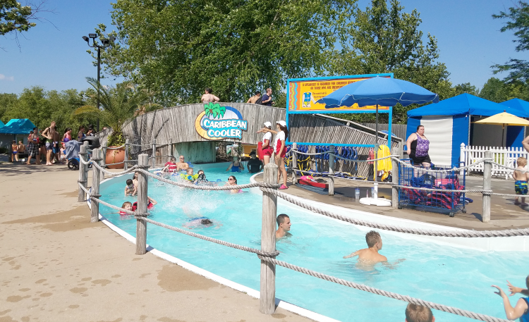 oceans-of-fun-lazy-river