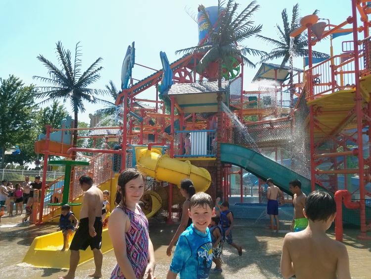 oceans-of-fun-paradise-falls