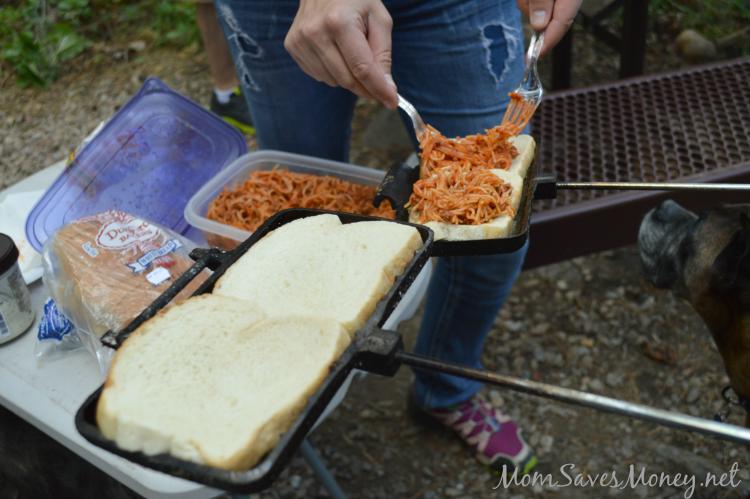 spaghetti-sandwiches-camping